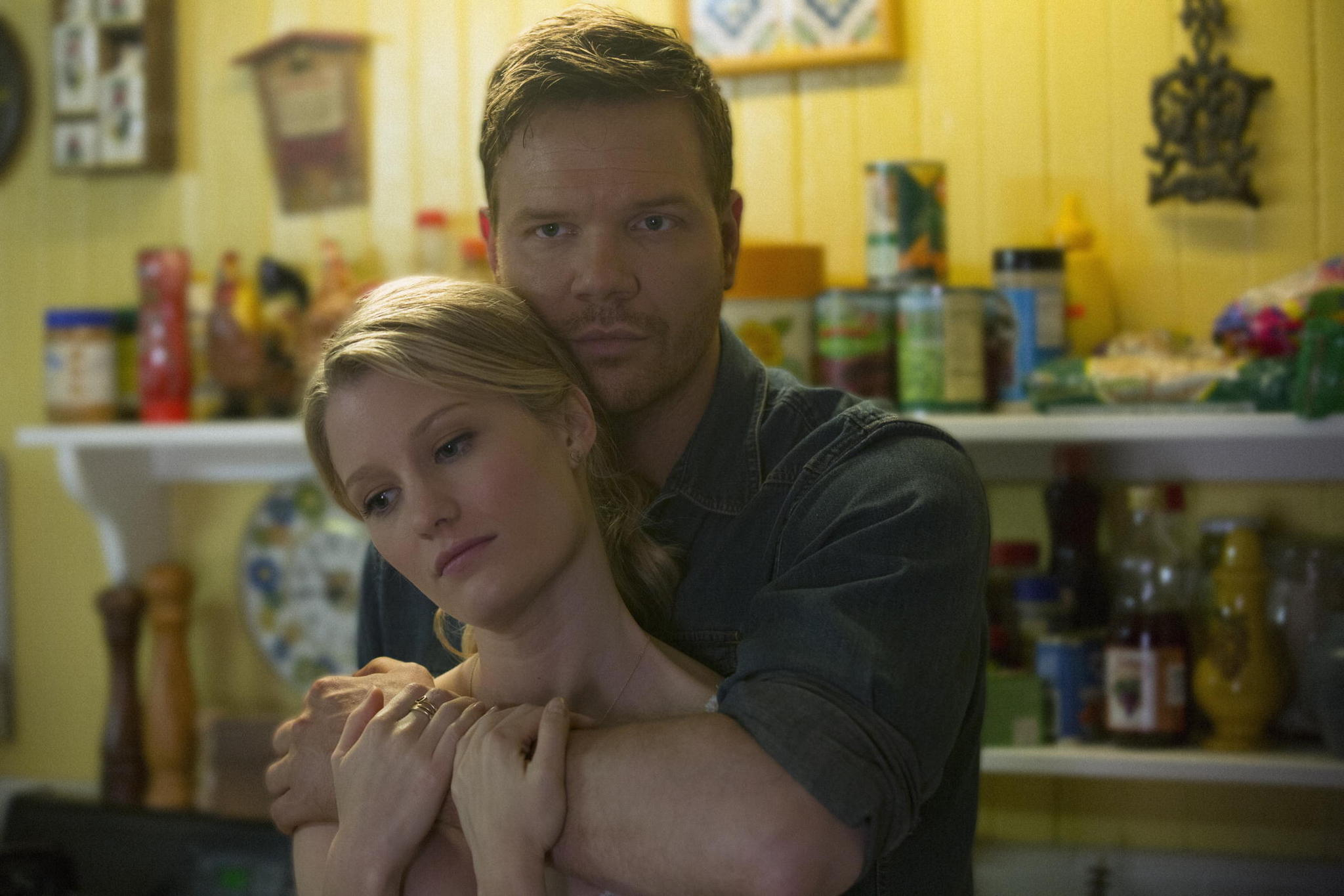 True Blood: Jim Parrack e Ashley Hinshaw nell'episodio Love Is to Die