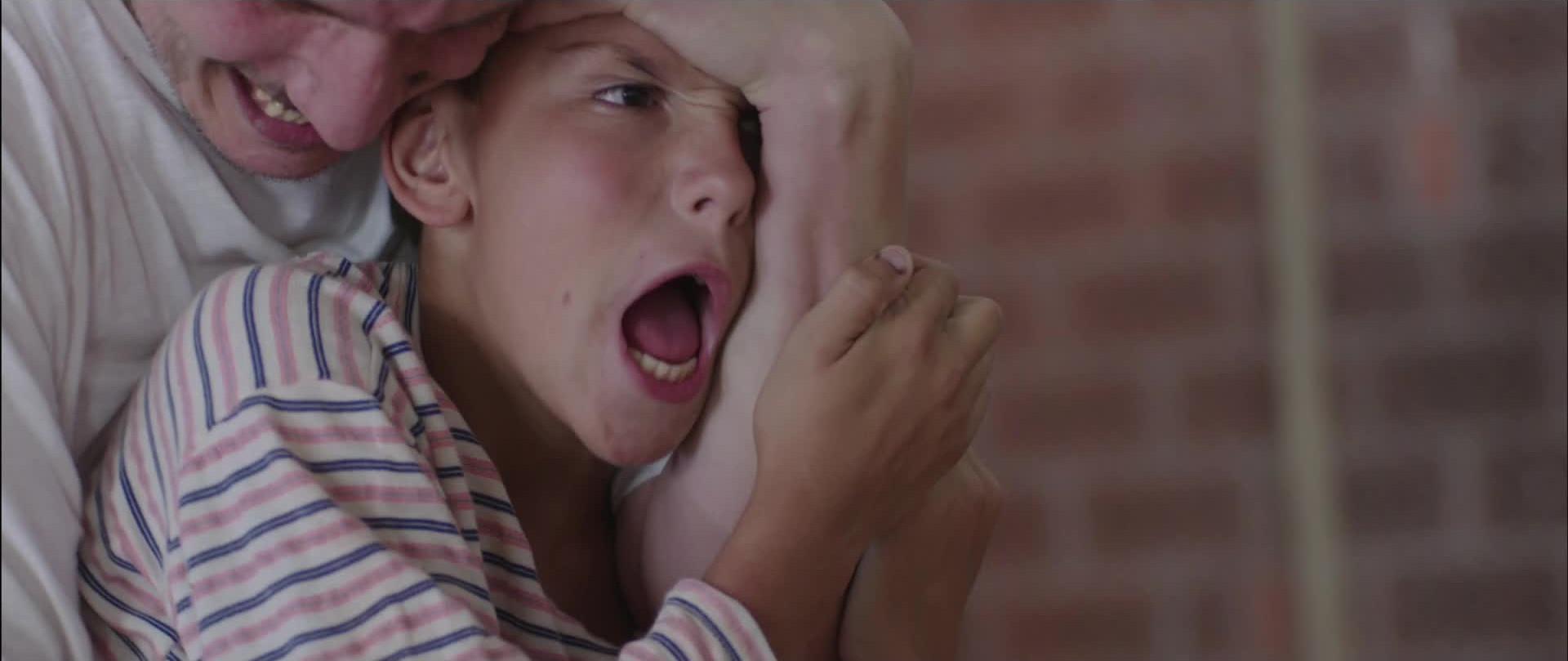 No One's Child: una drammatica seqenza del film di Vuk Rsumovic