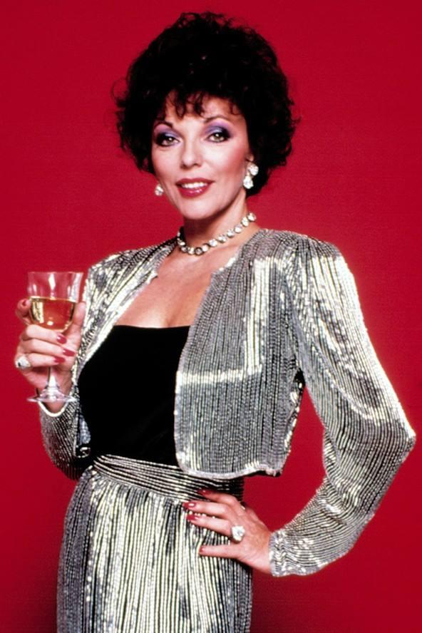 Dynasty: Joan Collins in un'immagine promozionale