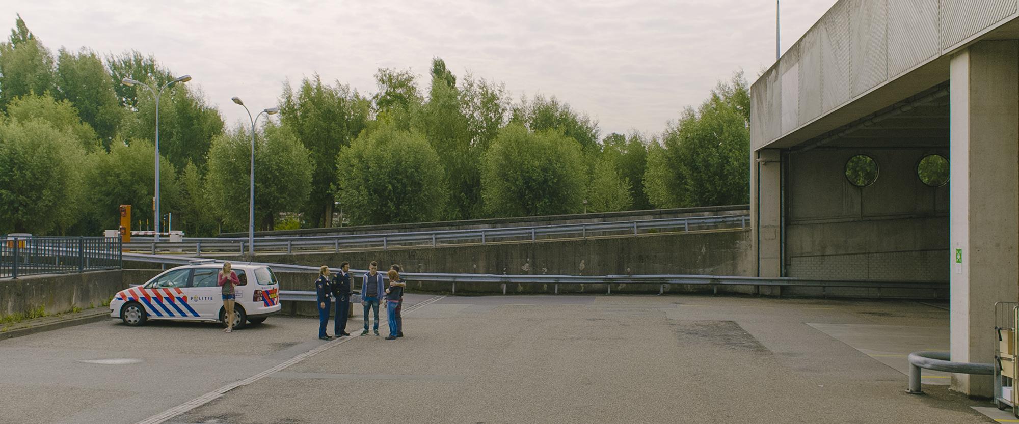 Between 10 and 12: una scena del film di Peter Hoogendoorn