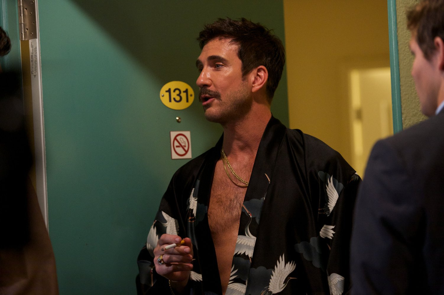 Comportamenti molto cattivi: Dylan McDermott in una scena del film