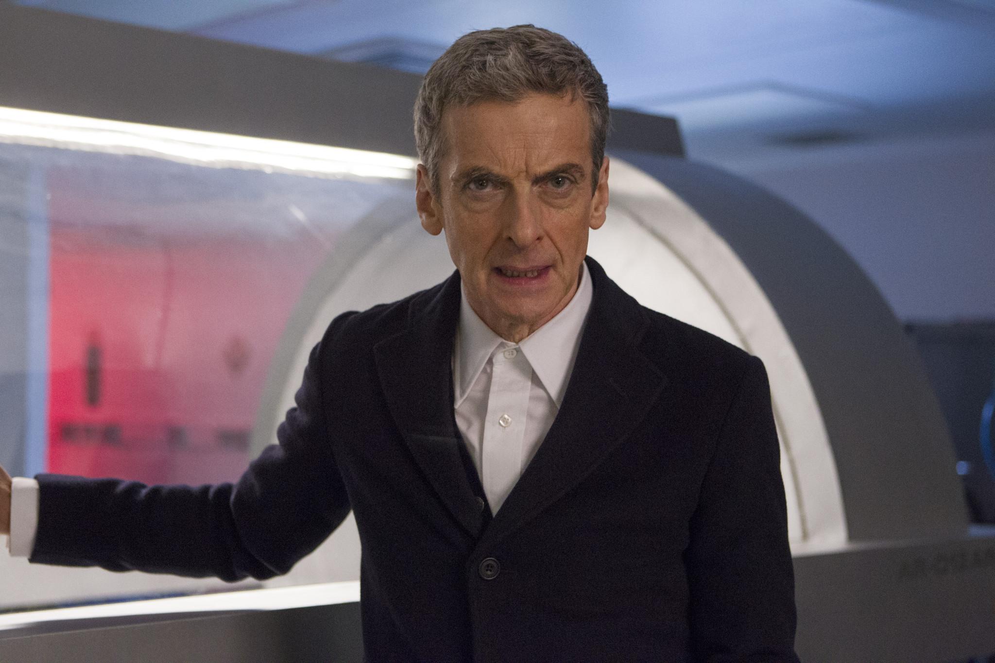 Doctor Who: un'immagine di Peter Capaldi nell'episodio Into the Dalek