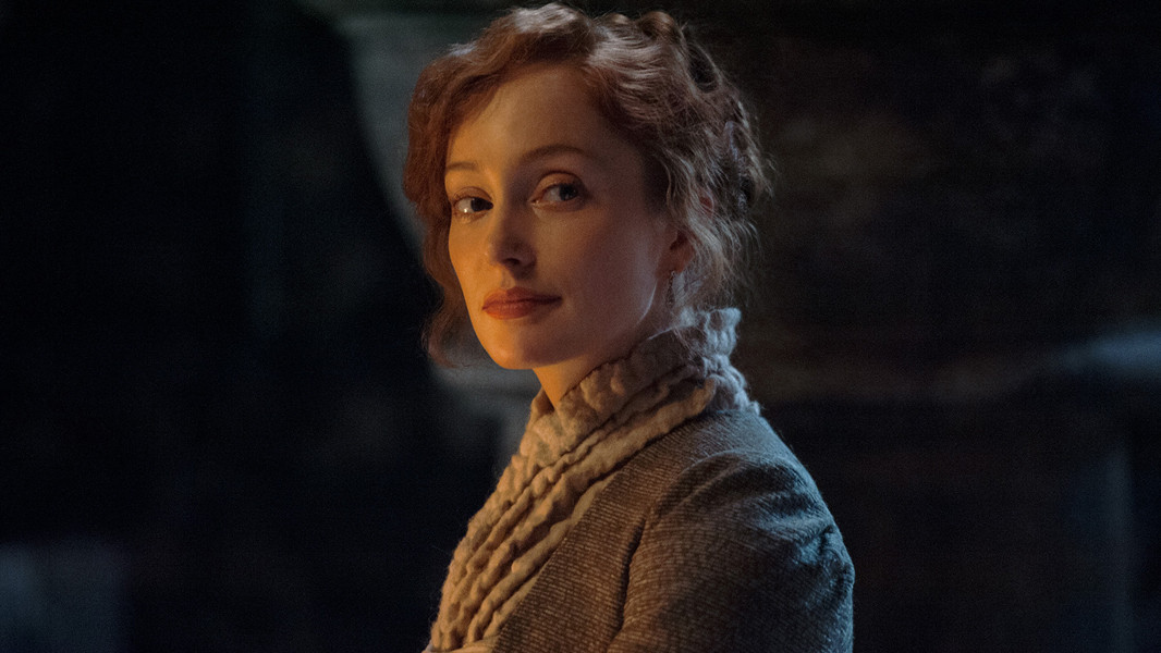 Outlander: Lotte Verbeek nell'episodio The Way Out