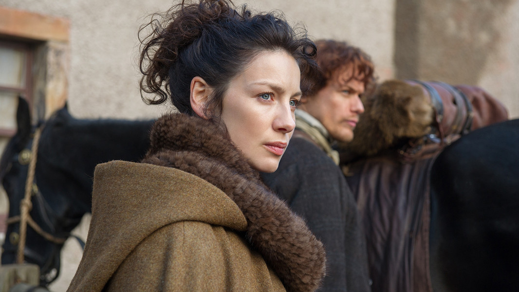 Outlander: Caitriona Balfe nell'episodio The Way Out