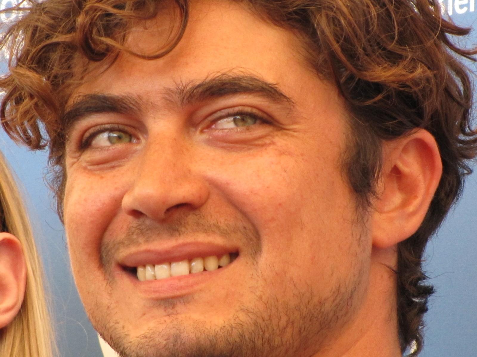 Riccardo Scamarcio a Venezia 2014 per presentare La vita oscena di cui  è produttore