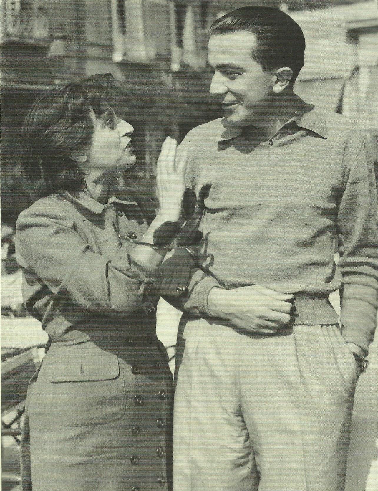 Anna Magnani con Giulio Andreotti in una scena del documentario Giulio Andreotti - Il cinema visto da vicino