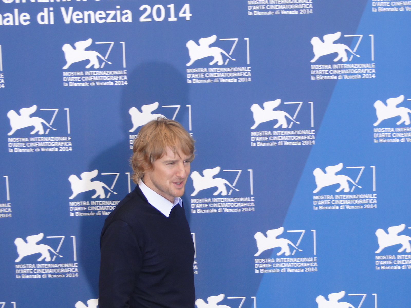 Venezia 2014: Owen Wilson al photocall per il film She's Funny That Way