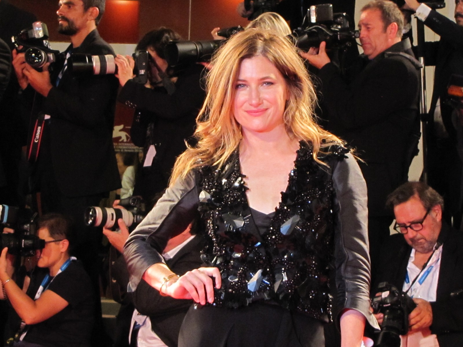 She's Funny That Way  - Louise Stratten sul red carpet a Venezia 2014