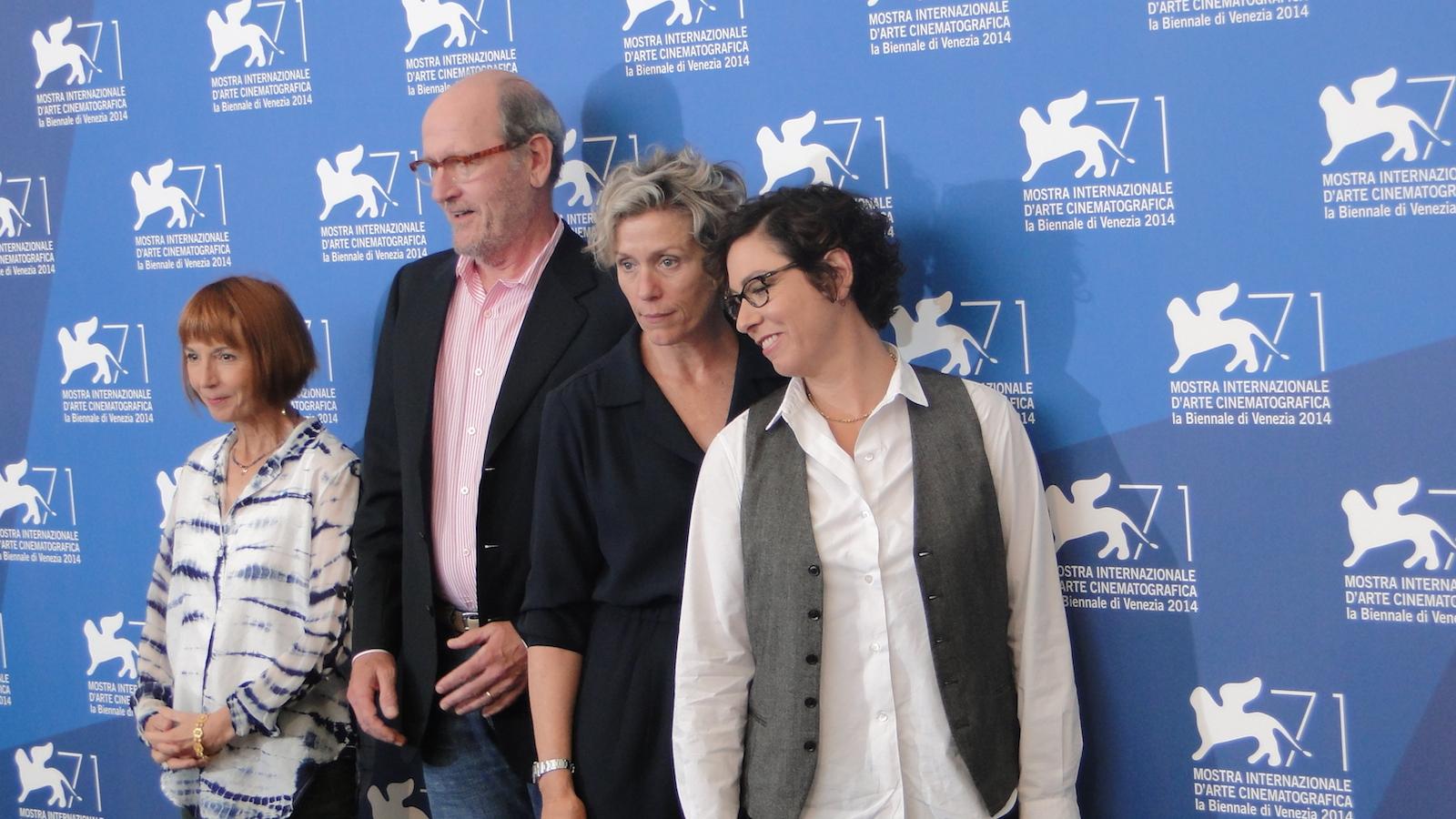 Olive Kitteridge: Frances McDormand con la regista Lisa Cholodenko, Jane Anderson e Richard Jenkins al photocall di Venezia 2014