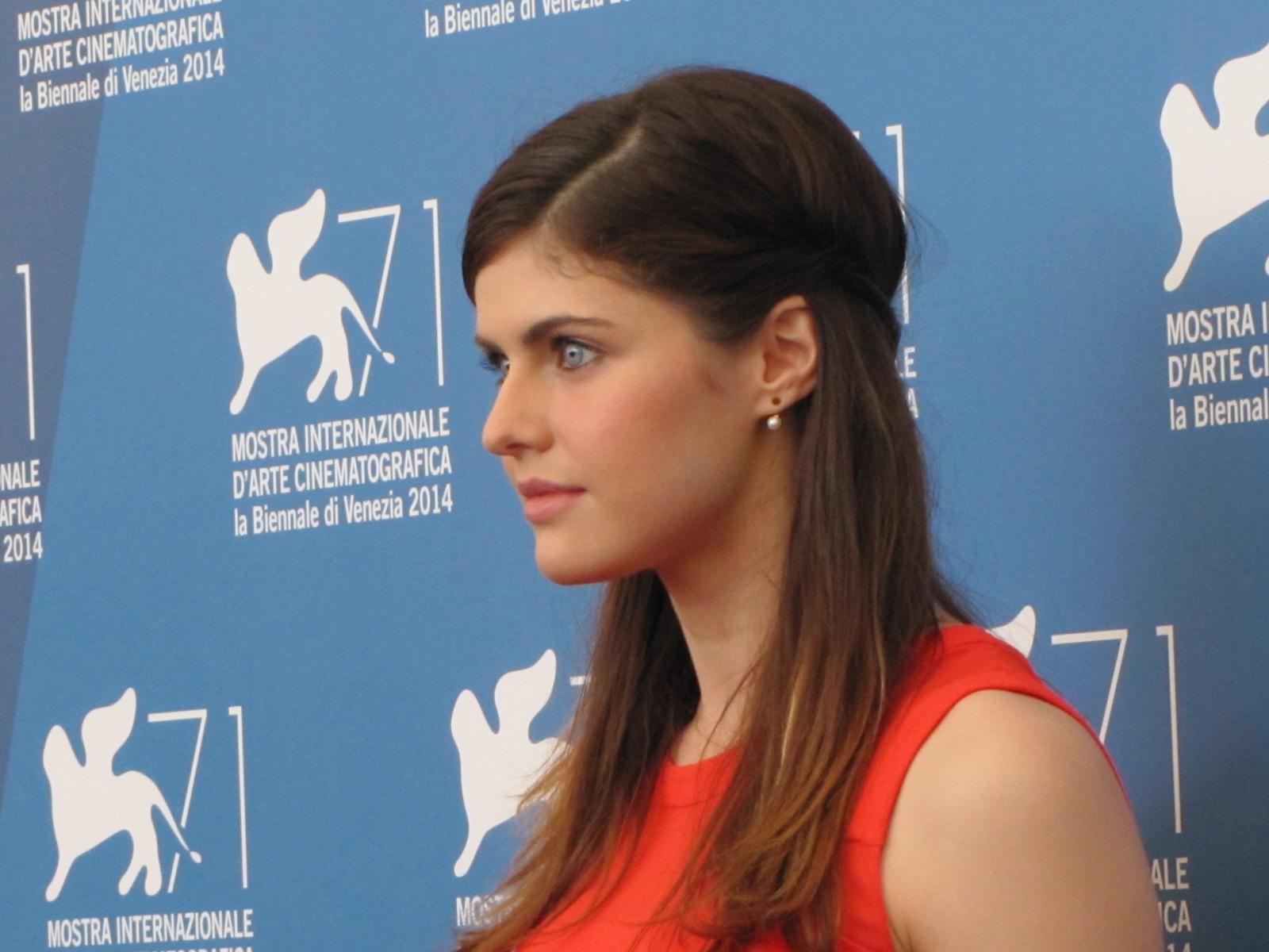 Burying the Ex: Alexandra Daddario presenta il film a Venezia 2014