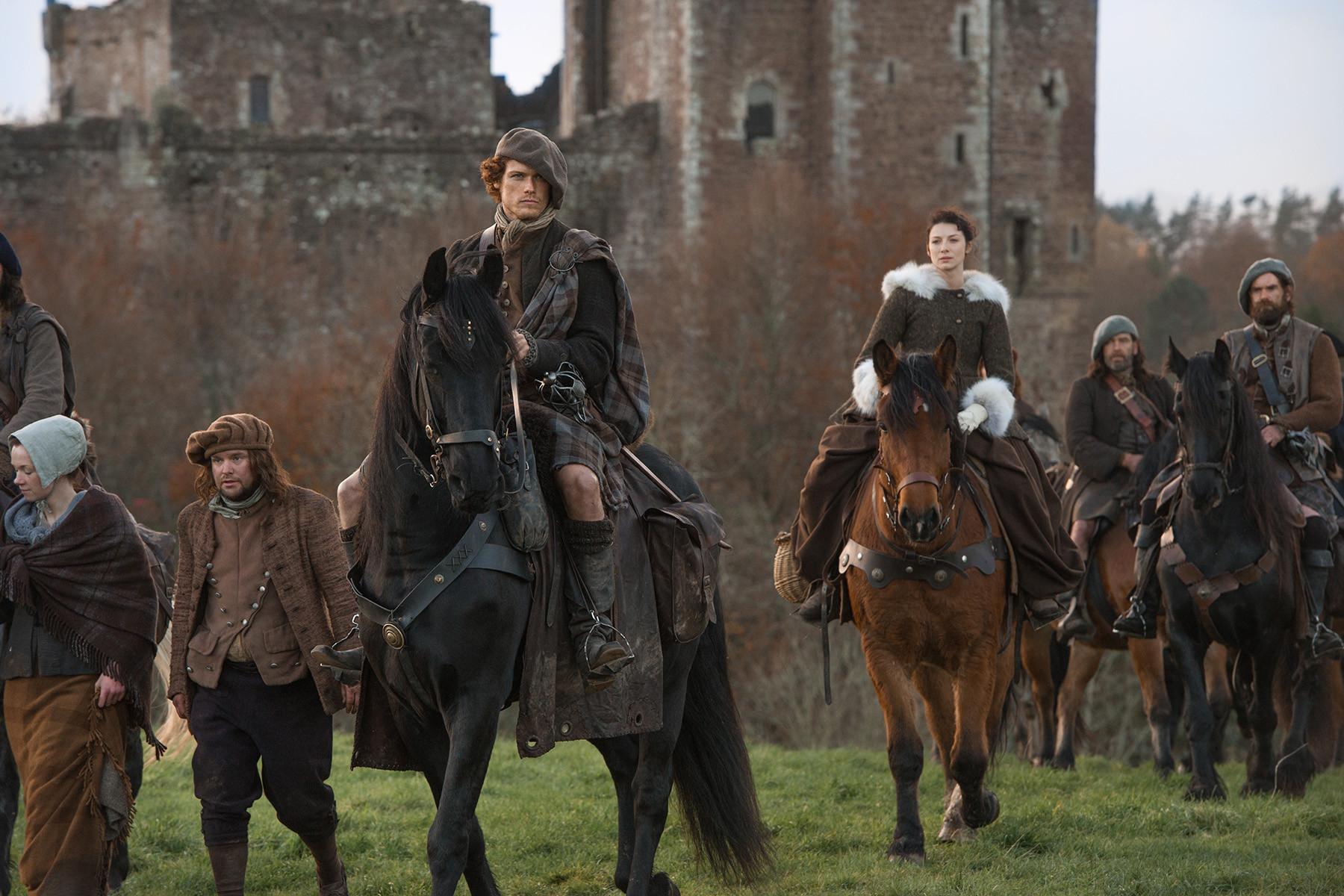 Outlander: una scena dell'episodio The Gathering, prima stagione