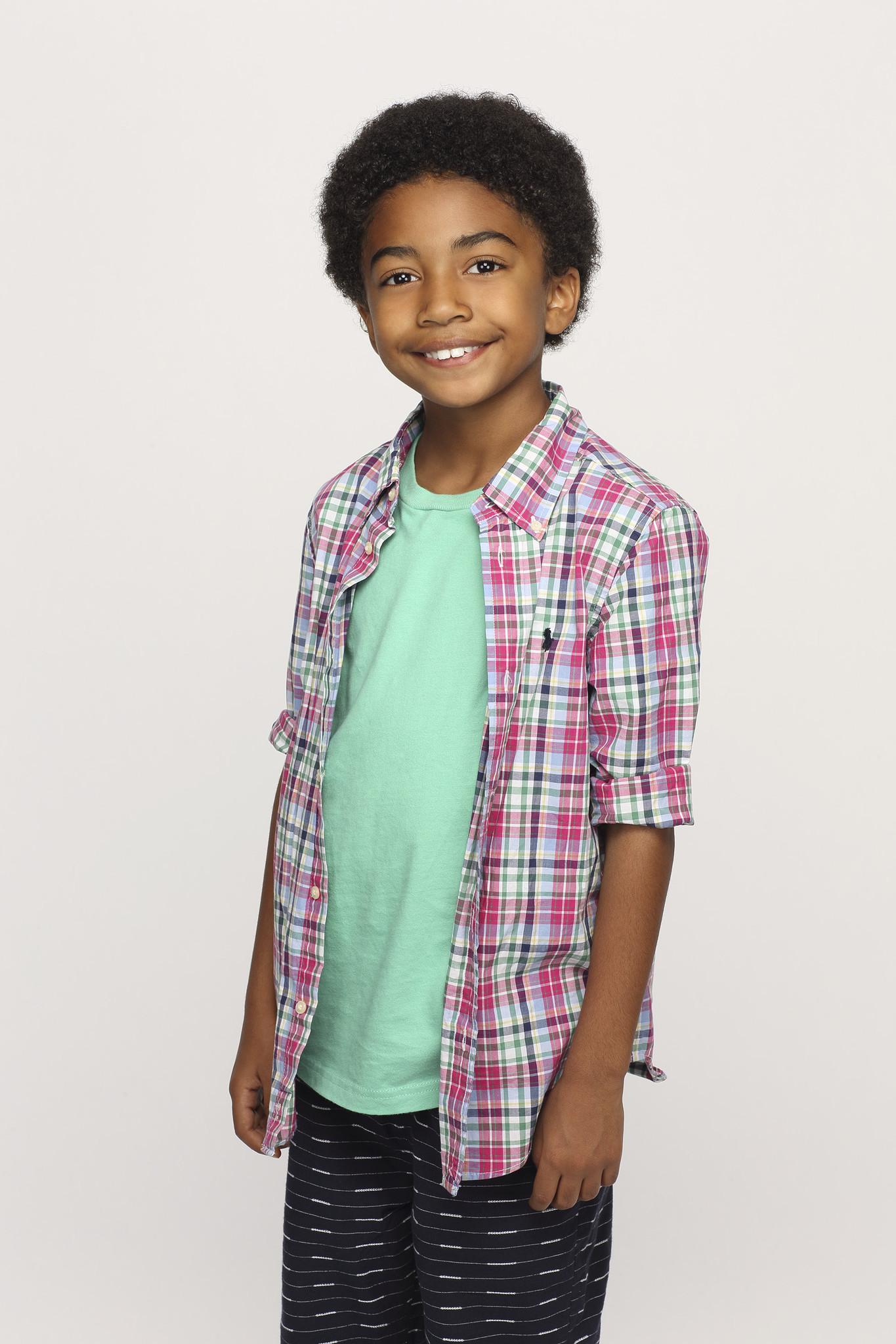 Black-ish: Miles Brown in un'immagine promozionale della serie