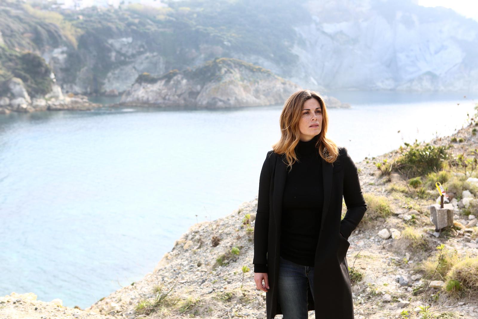 Un'altra vita: Vanessa Incontrada in una scena della fiction