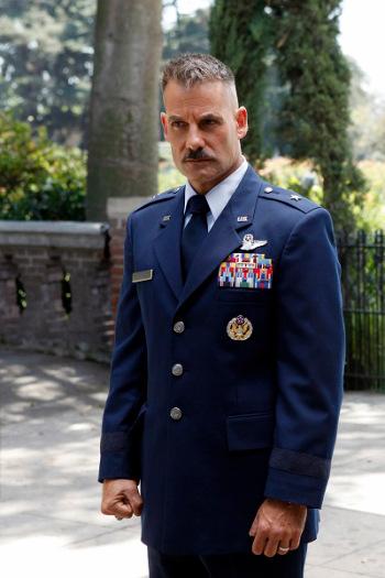 Agents of S.H.I.E.L.D.: un momento dell'episodio Shadows con Adrian Pasdar