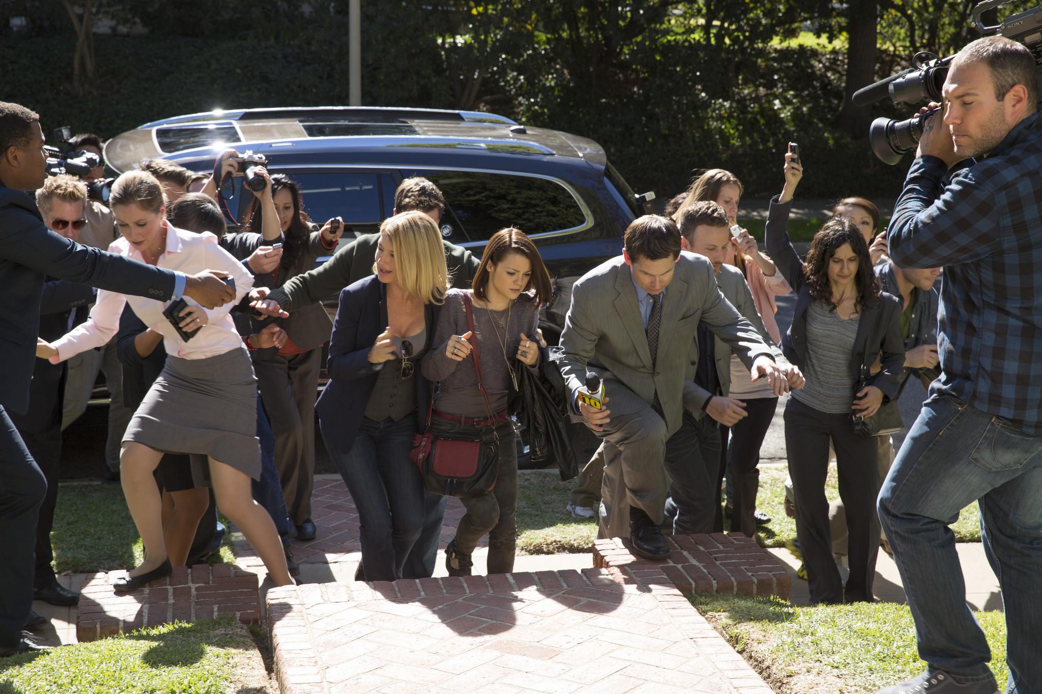 Finding Carter: Kathryn Prescott in una scena della prima stagione