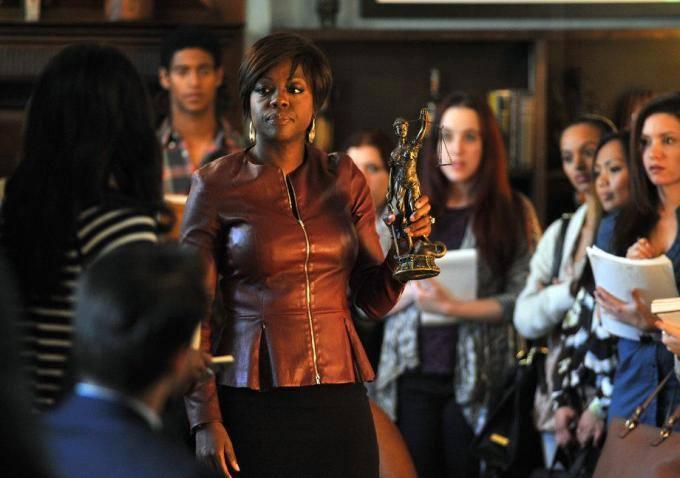 How to Get Away With Murder: Viola Davis in una scena del pilot