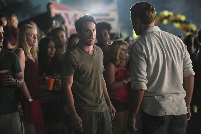 The Vampire Diaries: Michael Trevino in una scena dell'episodio I'll Remember
