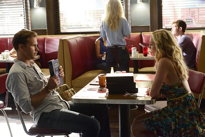 The Vampire Diaries: Matthew Davis e Candice Accola nell'episodio I'll Remember