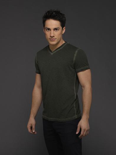 The Vampire Diaries: Michael Trevino in un'immagine promozionale della sesta stagione