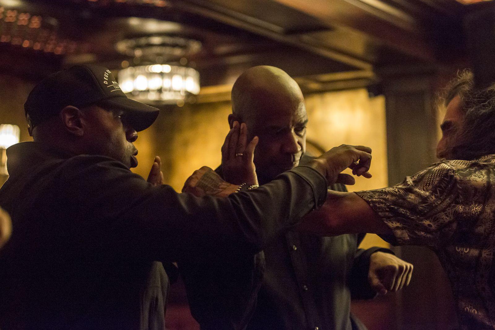 The Equalizer - Il vendicatore: Denzel Washington sul set con Antoine Fuqua e Ales Veadov
