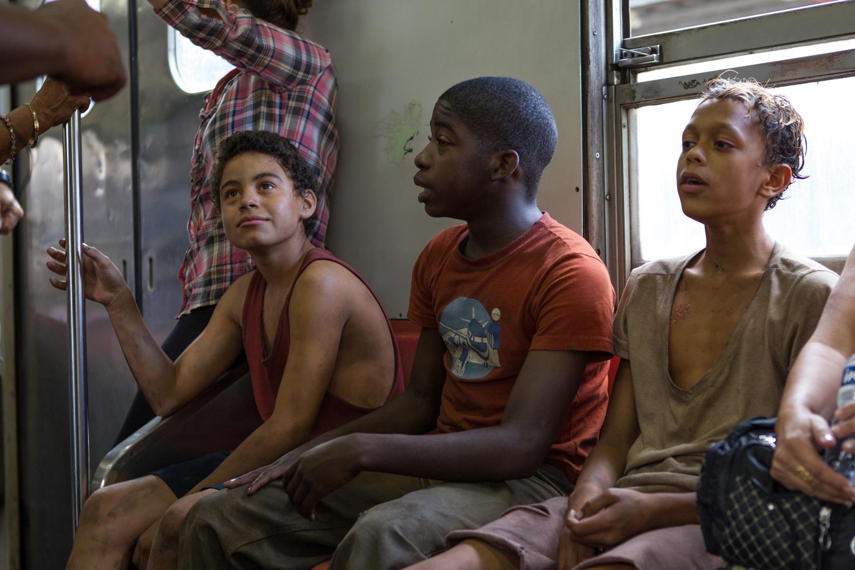Trash: una scena di gruppo tratta dal film