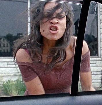 Rosario Dawson in Non lasciarmi sola