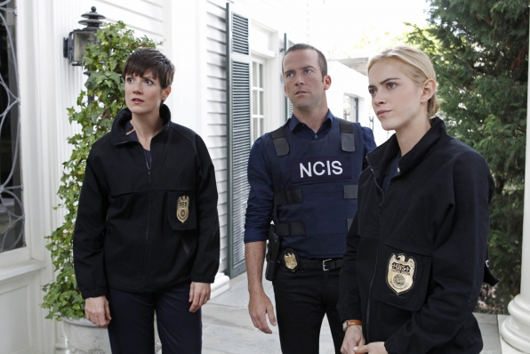 NCIS: Zoe McLellen, Lucas Black ed Emily Wickersham nel doppio episodio Crescent City