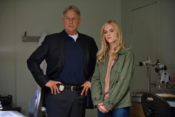 NCIS: Mark Harmon ed Emily Wichersham nel doppio episodio Crescent City