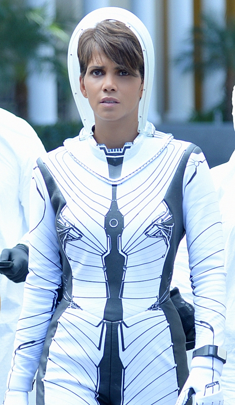 Extant: Halle Berry nell'episodio Ascension