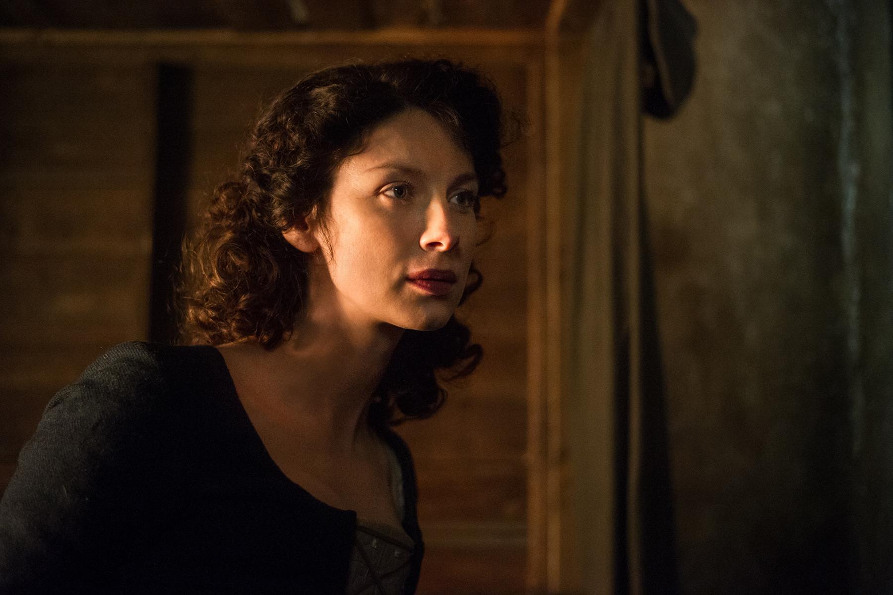 Outlander: una scena con Caitriona Balfe nell'episodio Rent