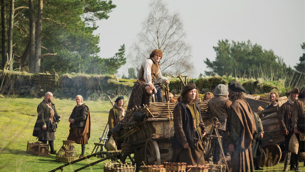 Outlander: Sam Heughan nell'episodio Rent