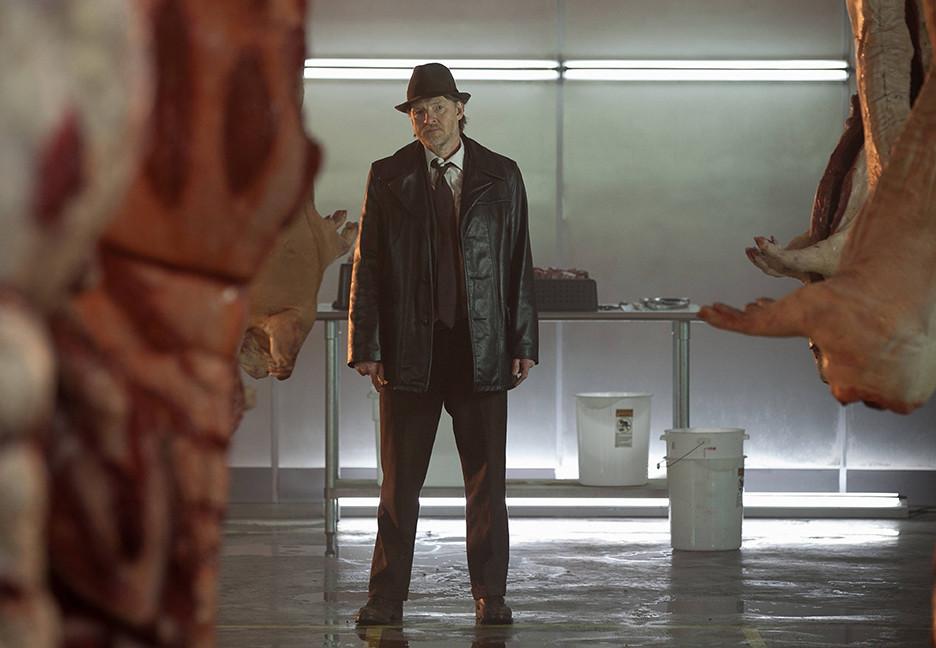 Gotham: Donal Logue in una scena della premiere della serie