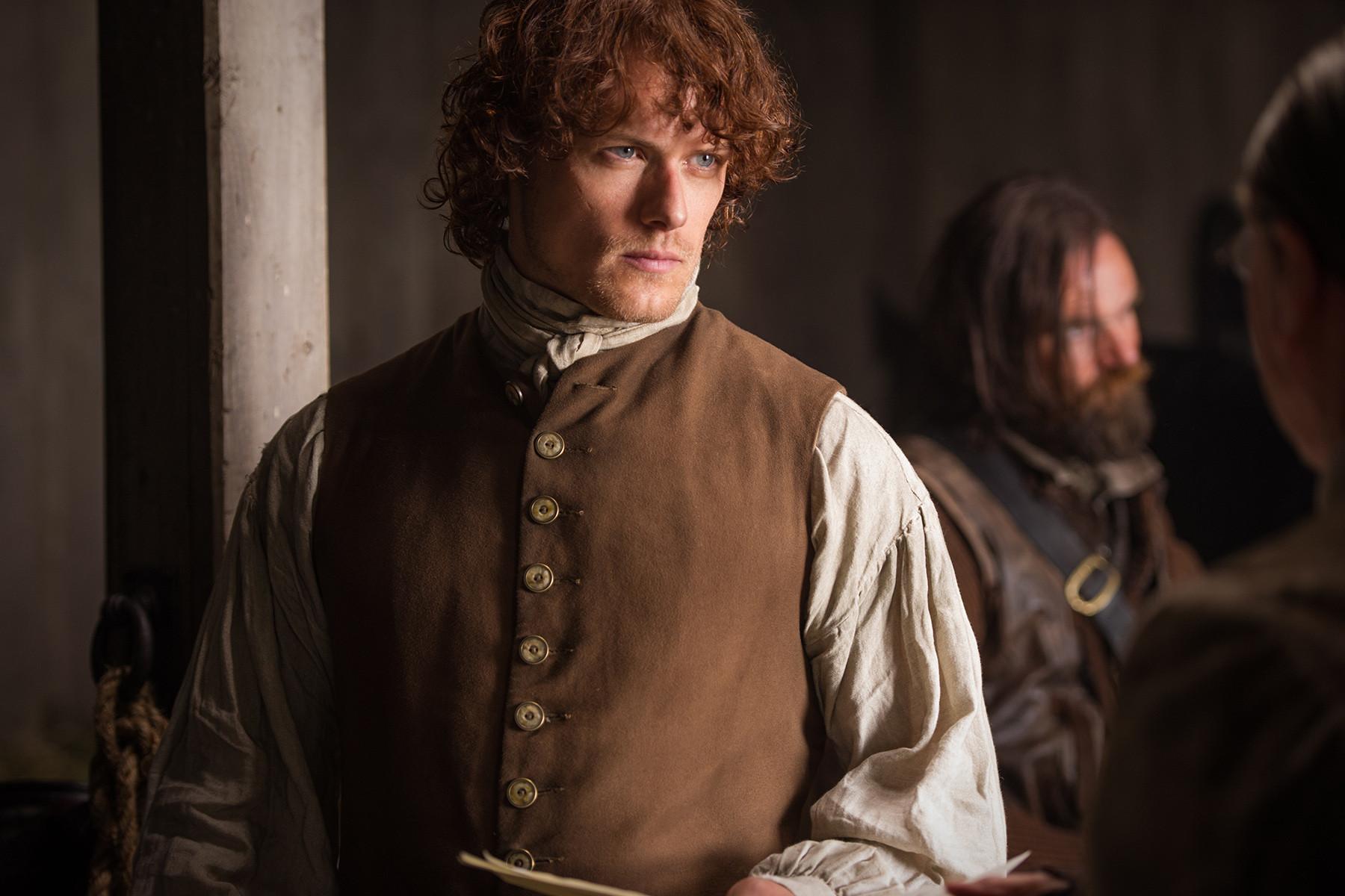 Outlander: Sam Heughan nell'episodio The Wedding