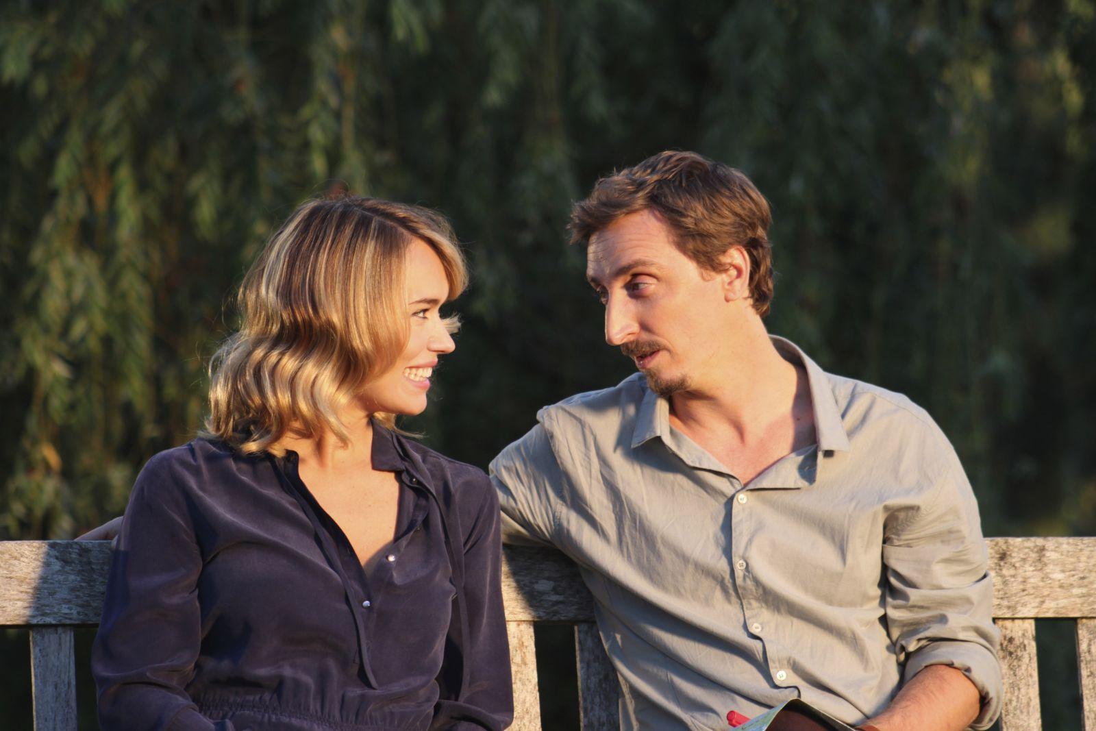 Pongo il cane milionario: Patricia Conde con Ivan Massagué in una scena