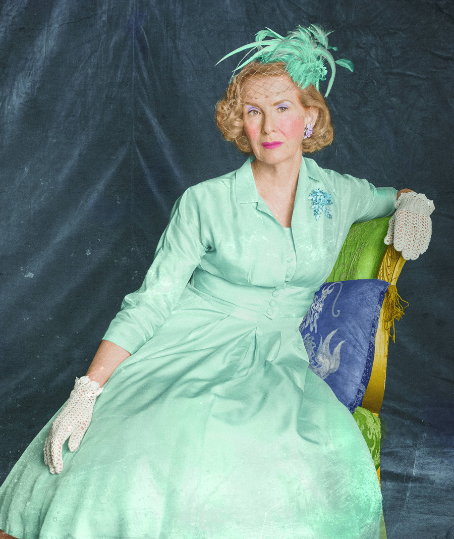 American Horror Story: Frances Conroy in un'immagine promozionale per Freak Show, quarta stagione