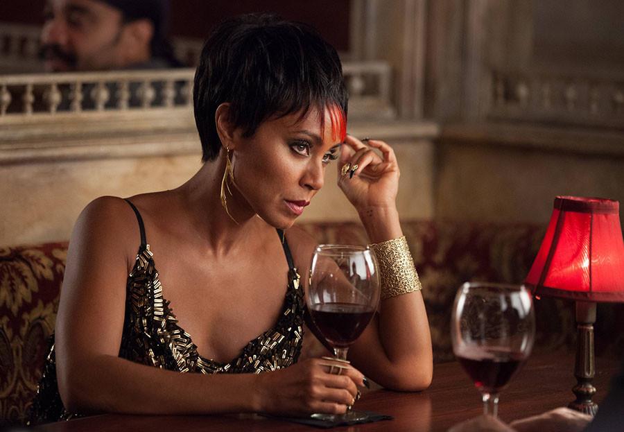 Gotham: Jada Pinkett-Smith nell'episodio Selina Kyle