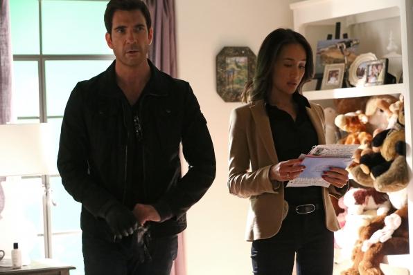 Stalker: Maggie Q con Dylan McDermott nel pilot della serie
