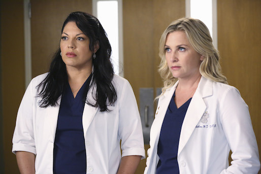 Grey's Anatomy: Jessica Capshaw e Sara Ramirez nell'episodio I Must Have Lost It on the Wind'