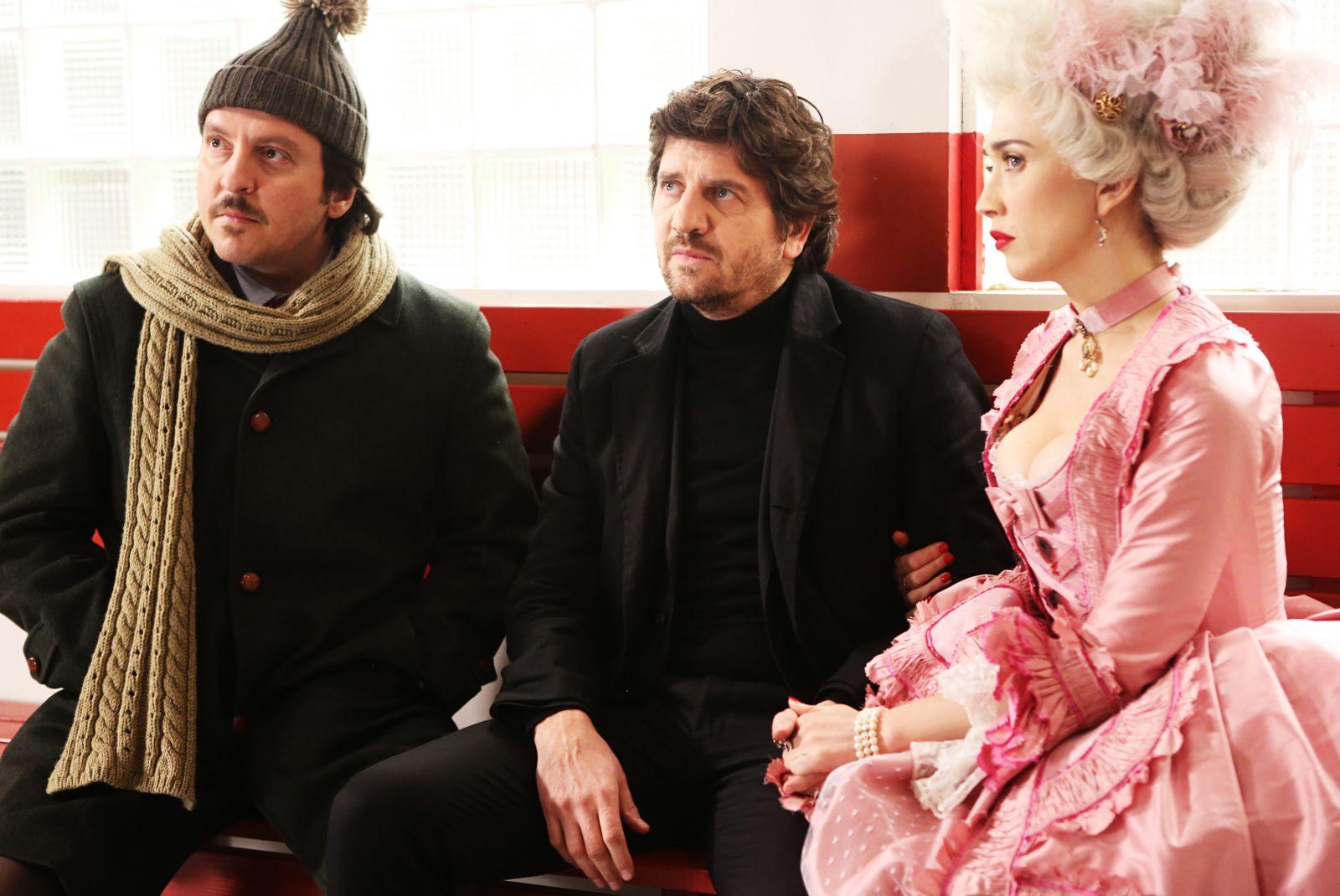 Ricky Memphis insieme a Fabio De Luigi e Chiara Francini in Soap Opera