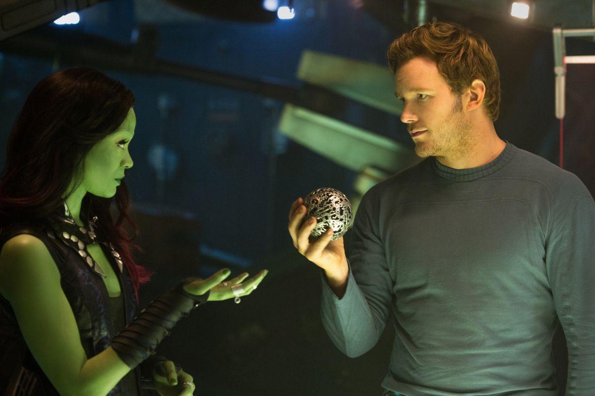 Guardians of the Galaxy: Chris Pratt e Zoe Zaldana in un momento del film