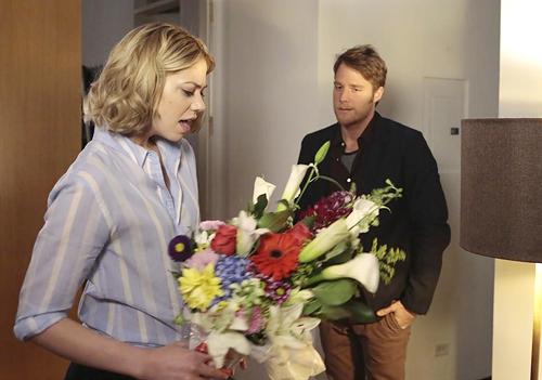 Manhattan Love Story: Jake McDorman e Analeigh Tipton nel pilot della serie