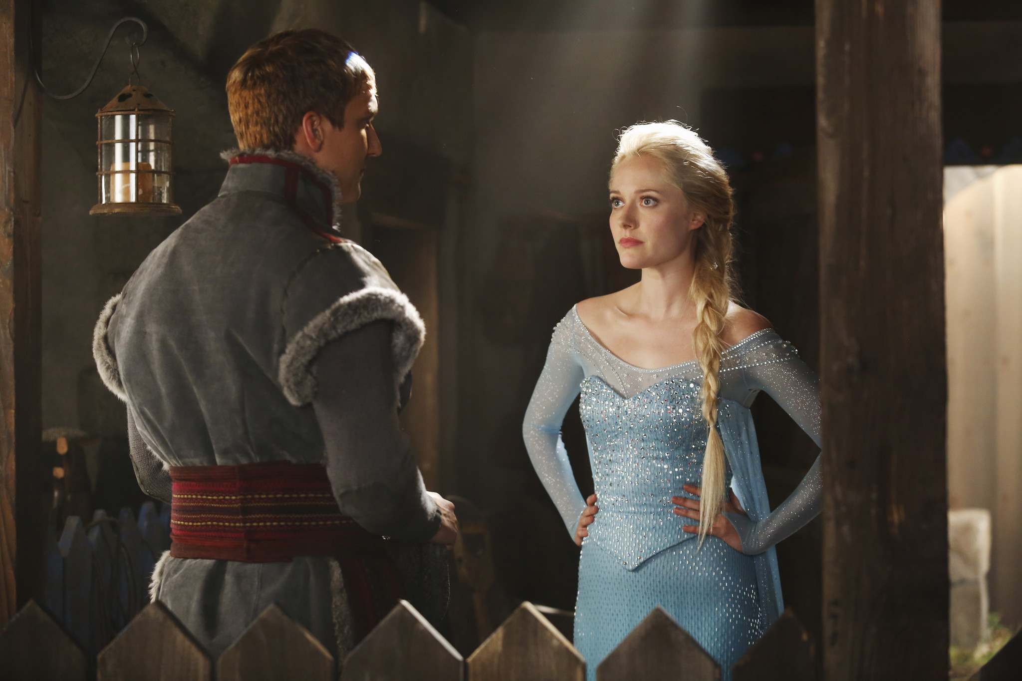C'era una volta: Scott Michael Foster con Georgina Haig nell'episodio A Tale of Two Sisters
