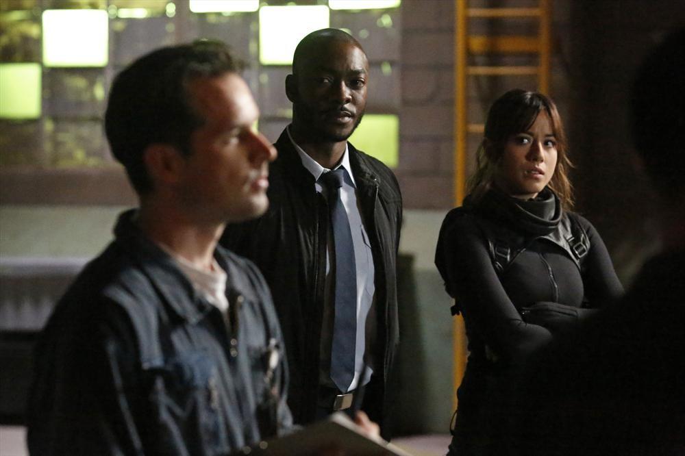 Agents of S.H.I.E.L.D.: Chloe Bennet e B.J. Britt nell'episodio