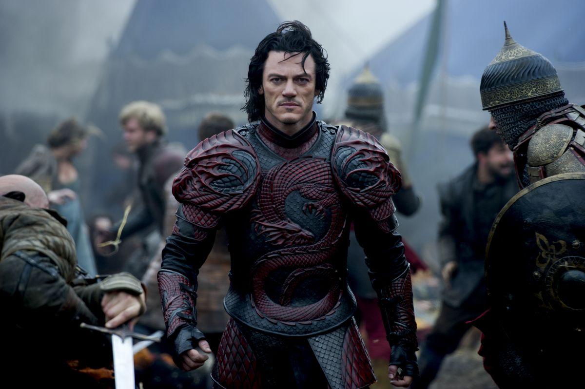 Luke Evans è il Conte Vlad in una scena di Dracula Untold