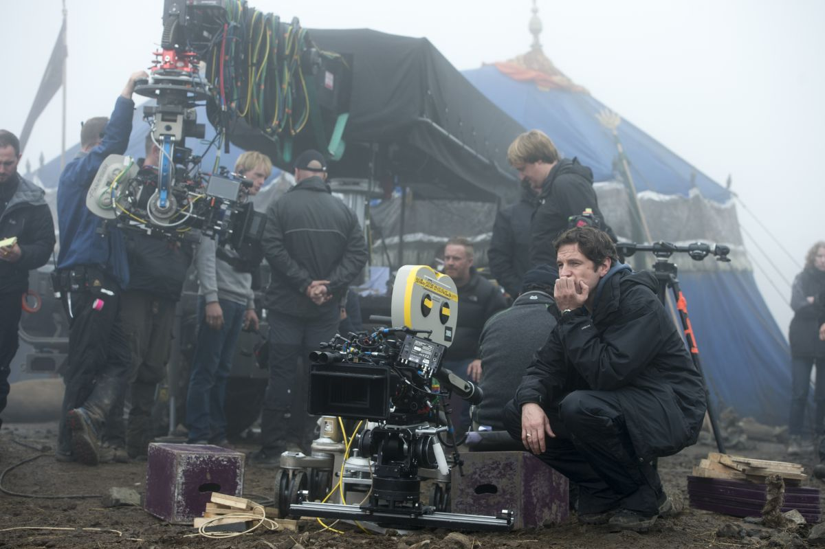 Dracula Untold: il regista Gary Shore in una foto dal set