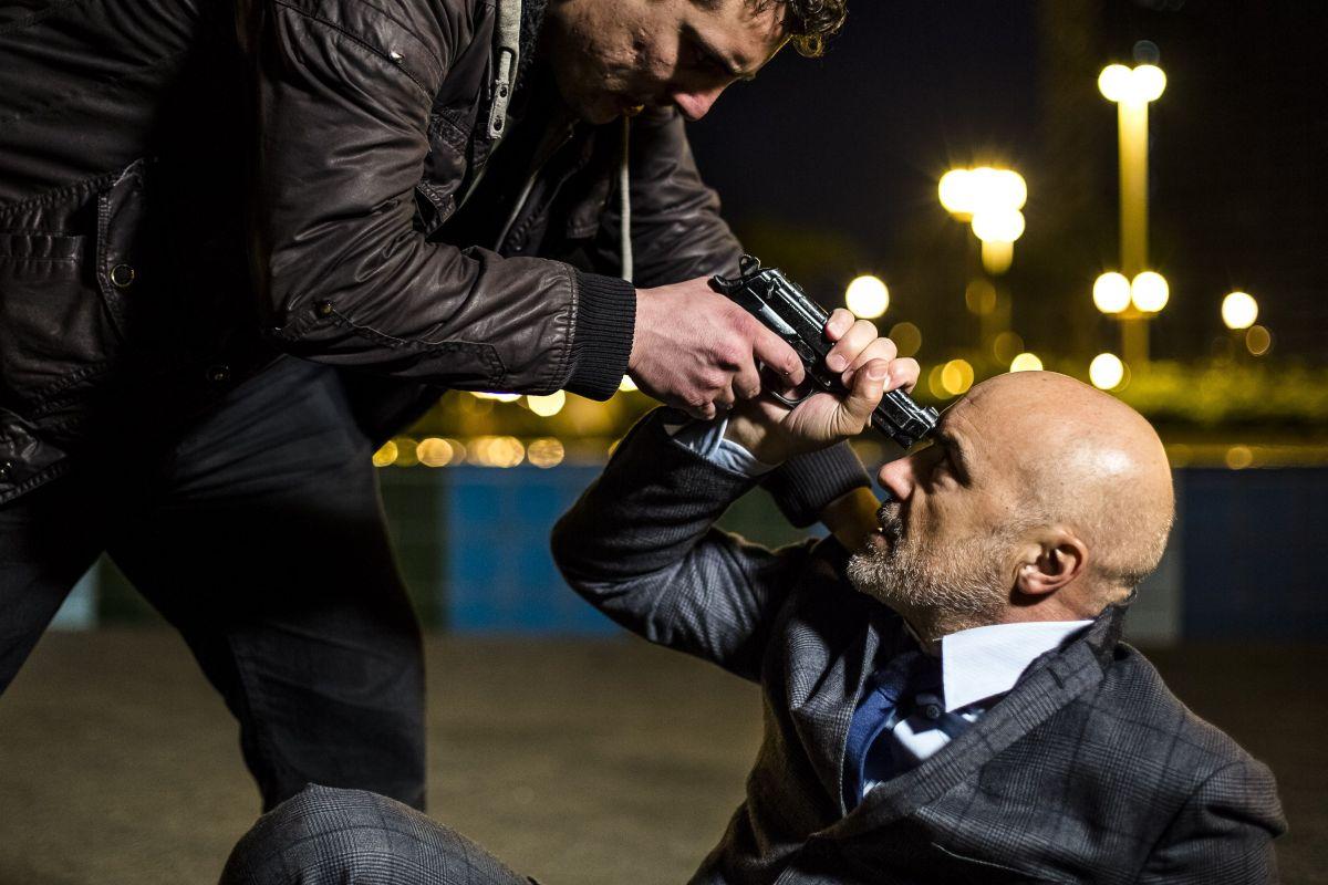 Perez.: Luca Zingaretti in una drammatica scena del film