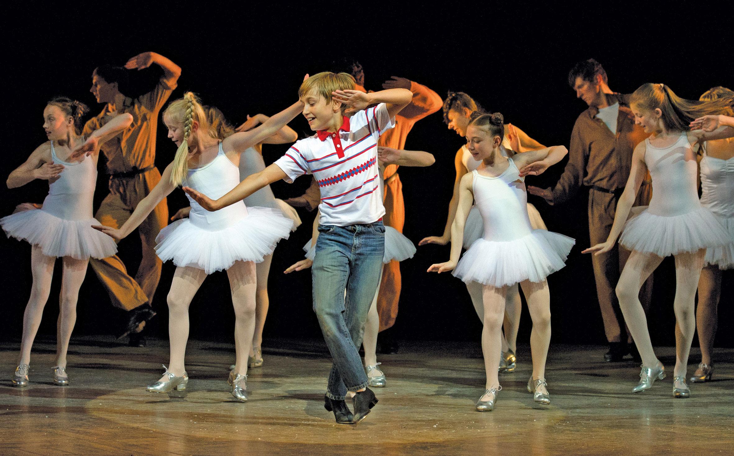 Billy Elliot - Il Musical: un'immagine dello spettacolo teatrale tratto dal film di Stephen Daldry