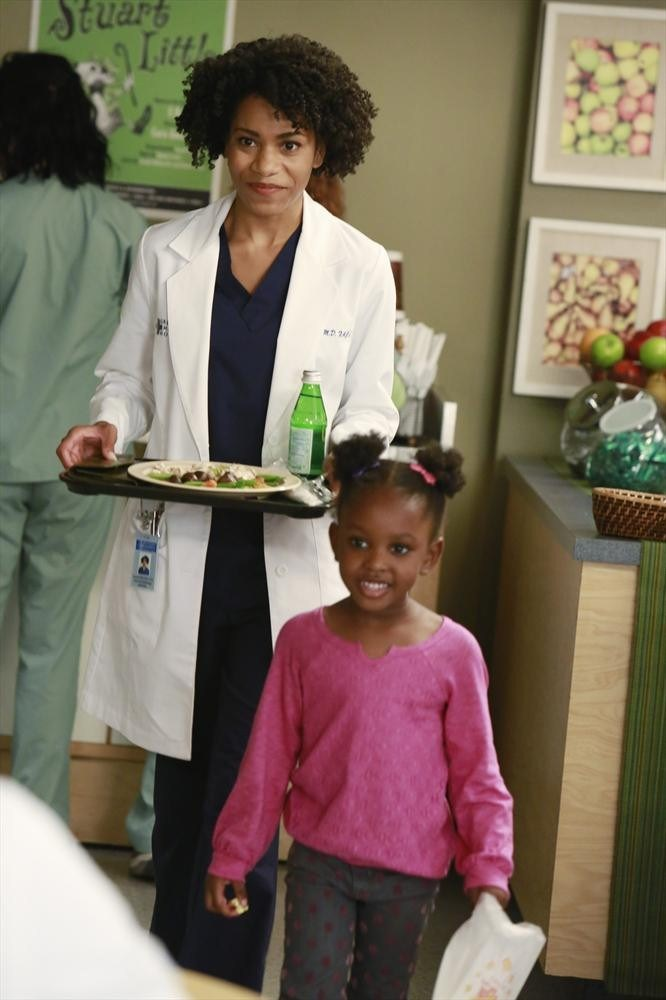 Grey's Anatomy: l'attrice Kelly McCreary in Puzzle With a Piece Missing