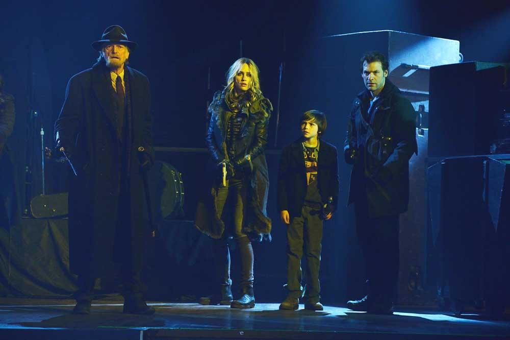 The Strain: i protagonisti nell'episodio intitolato The Master