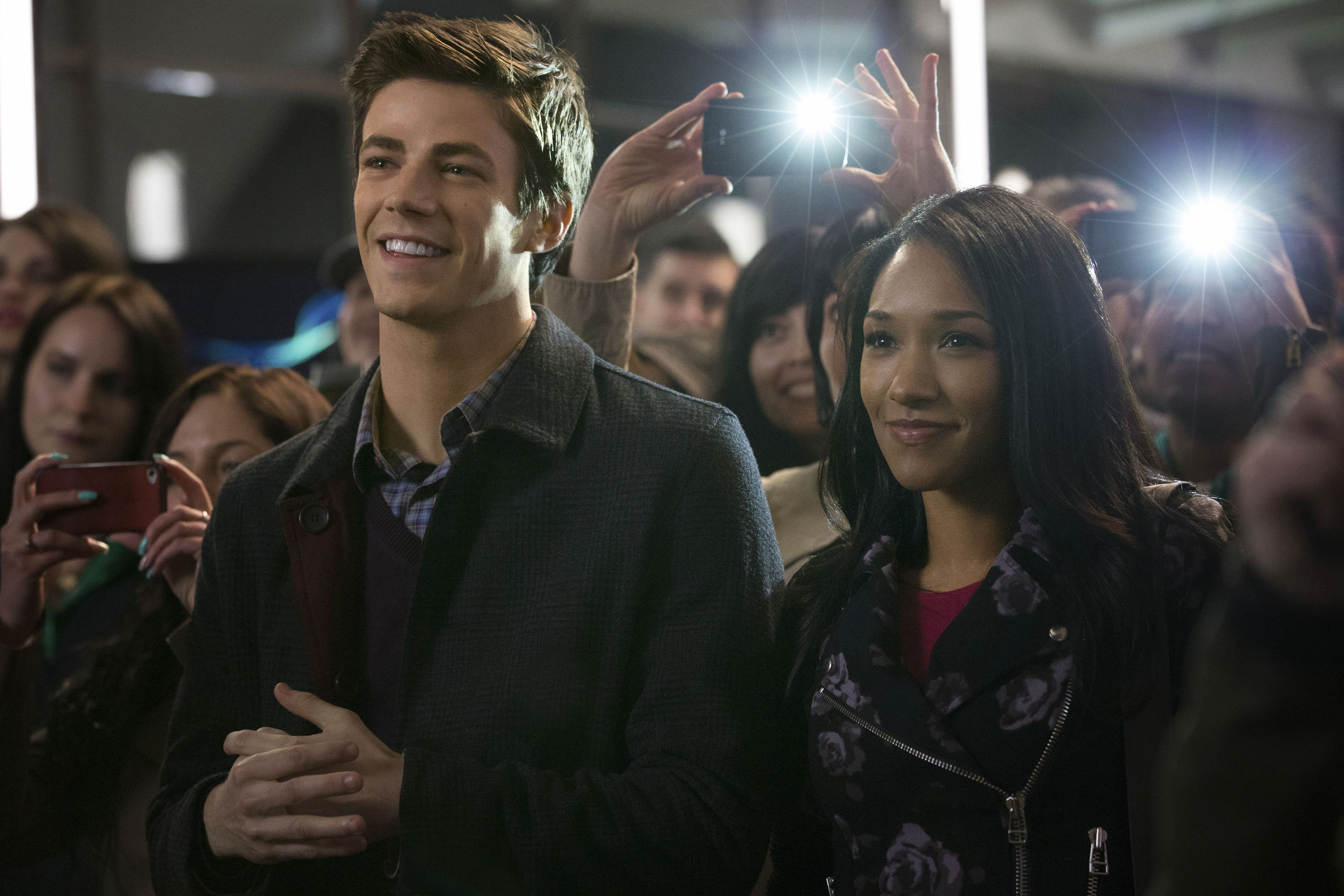 The Flash: Grant Gustin e Candice Patton in una foto dell'episodio City of Heroes